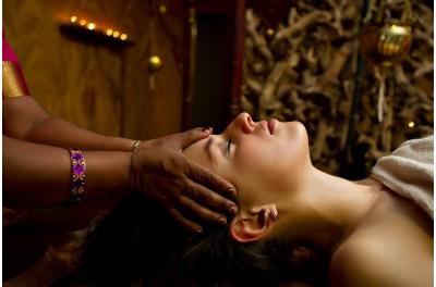 NOVINKA: masáž hlavy a krku SHIROABHYANGAM  (30 min)